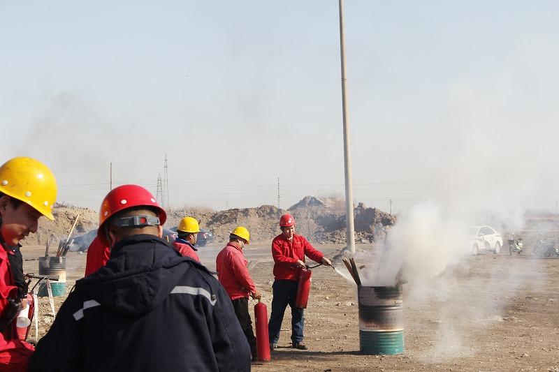公司举行消防演练